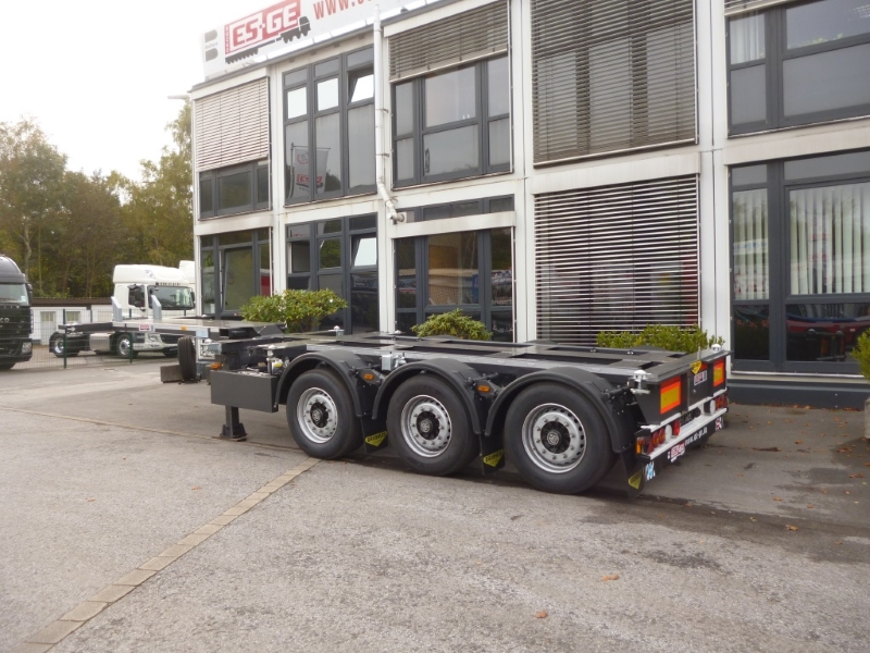 Containerchassis 3 Achsen