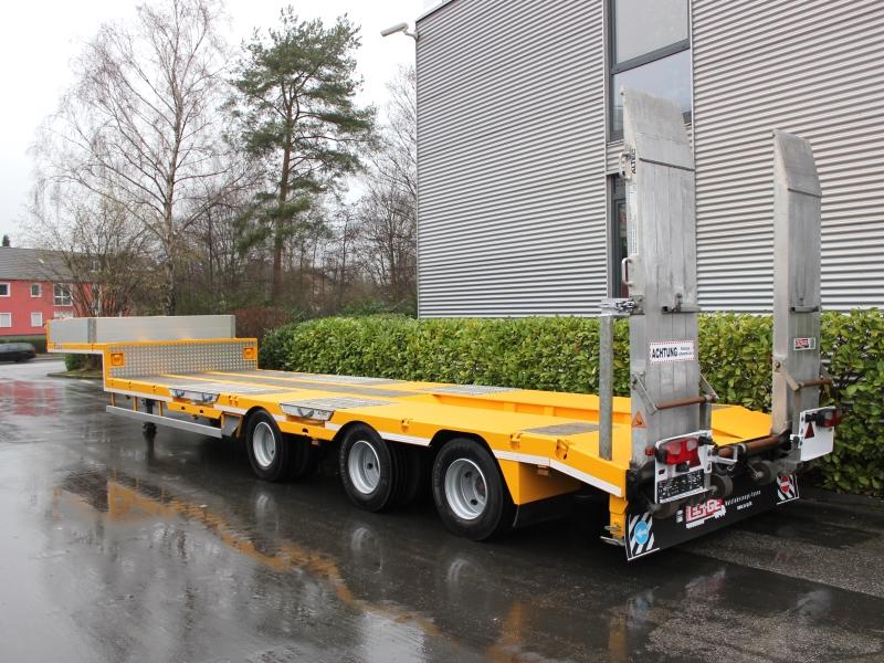 ES-GE Satteltieflader Semitieflader 3 Achsen mit Rampen