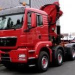 8x4 Sattelzugmaschine MKG Ladekran