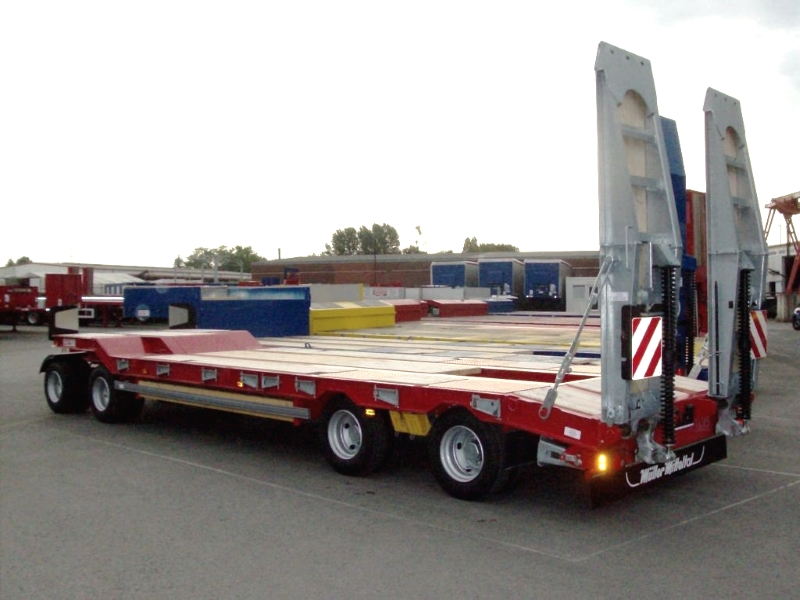 trailer 4 axles with ramps