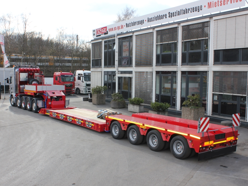 Faymonville Tiefbett 4 Achsen Scania Sattelzugmaschine 5 Achsen