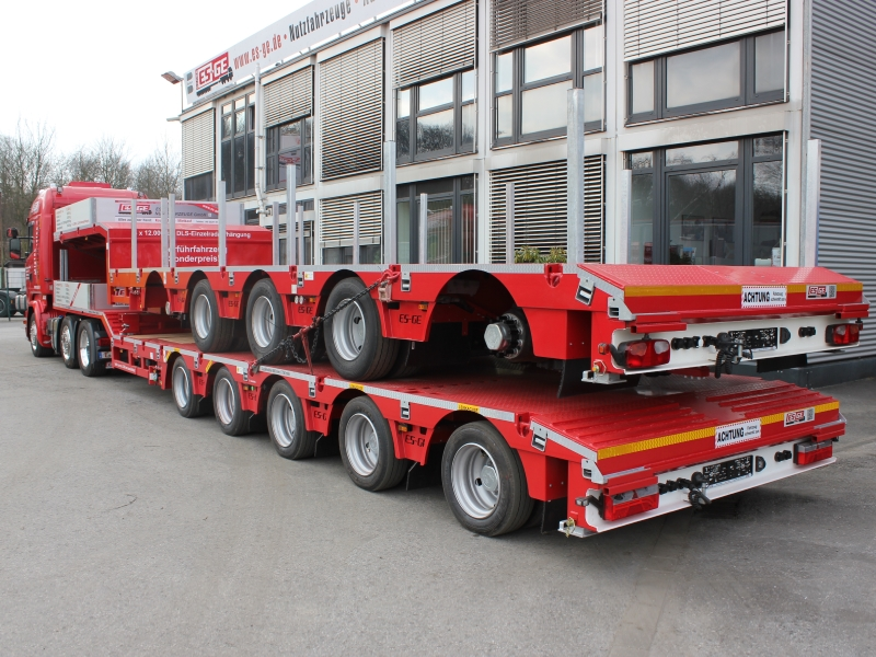 ES-GE semi-trailer low-loader DLS Scania Lowliner