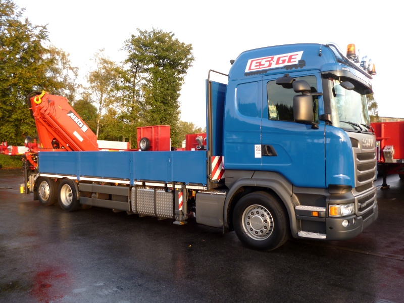 Scania truck loading crane MKG blue