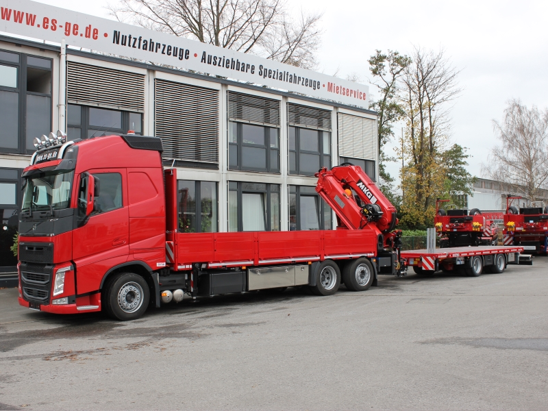 Volvo truck loading crane MKG red