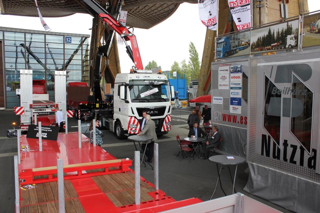 IAA-Nutzfahrzeuge-2016-Messestand-3