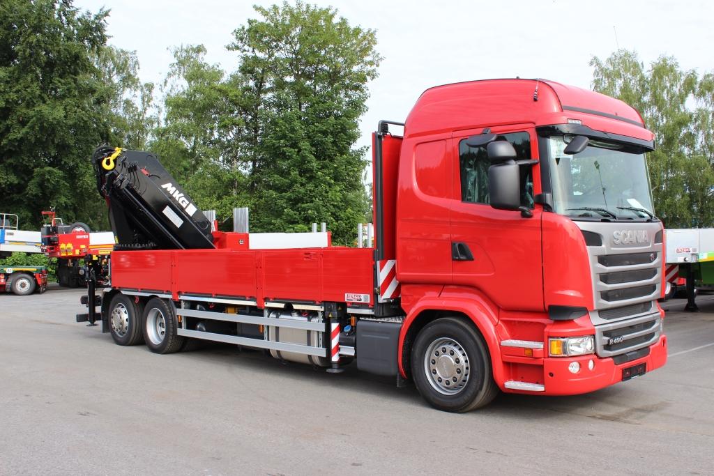 IAA-Nutzfahrzeuge 2016 Scania LKW 6x2 Pritsche MKG Ladekran
