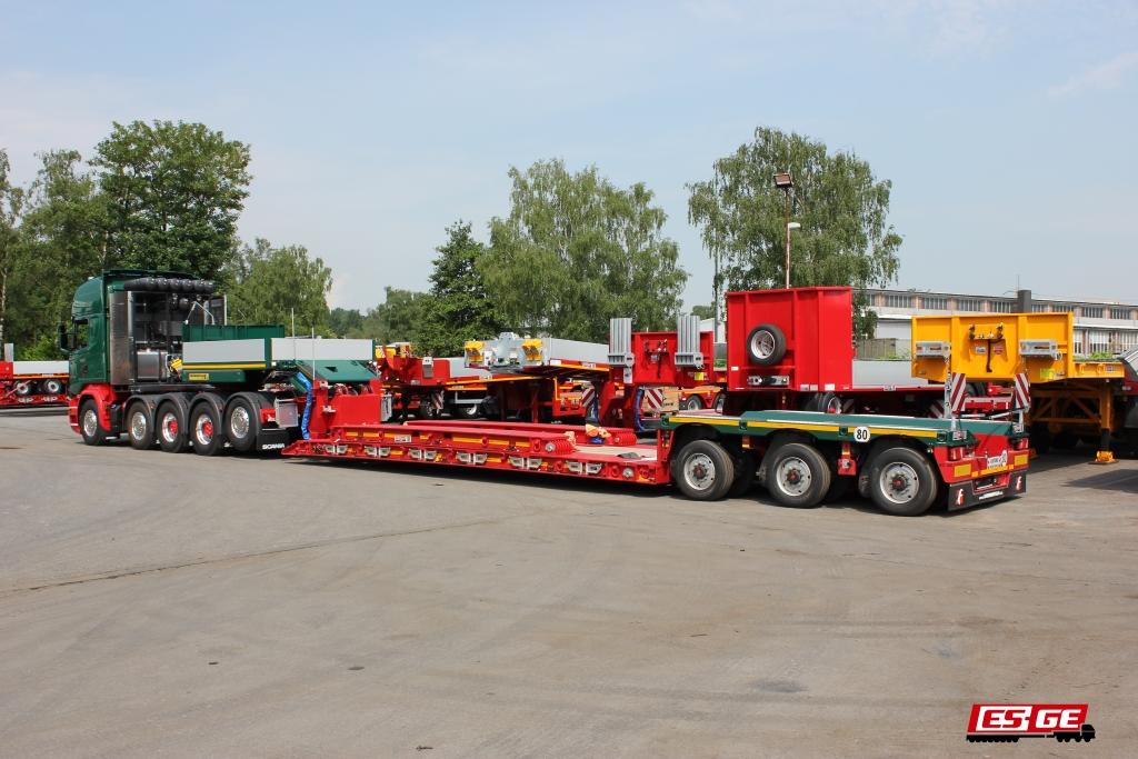 Scania-5-Achs-Sattelzugmaschine-Faymonville-Tiefbett-Kahl-Schwerlast-Moers