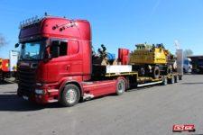 ES-GE-3-Achs-Satteltieflader-Radmulden-Alcoa-Wheels-Hegerring-Auslieferung