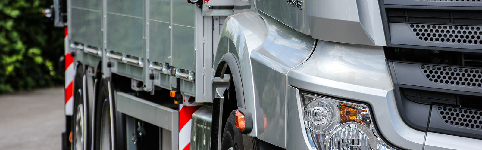ES-GE-Produktportfolio-Mercedes-Actros-LKW-Detail-2