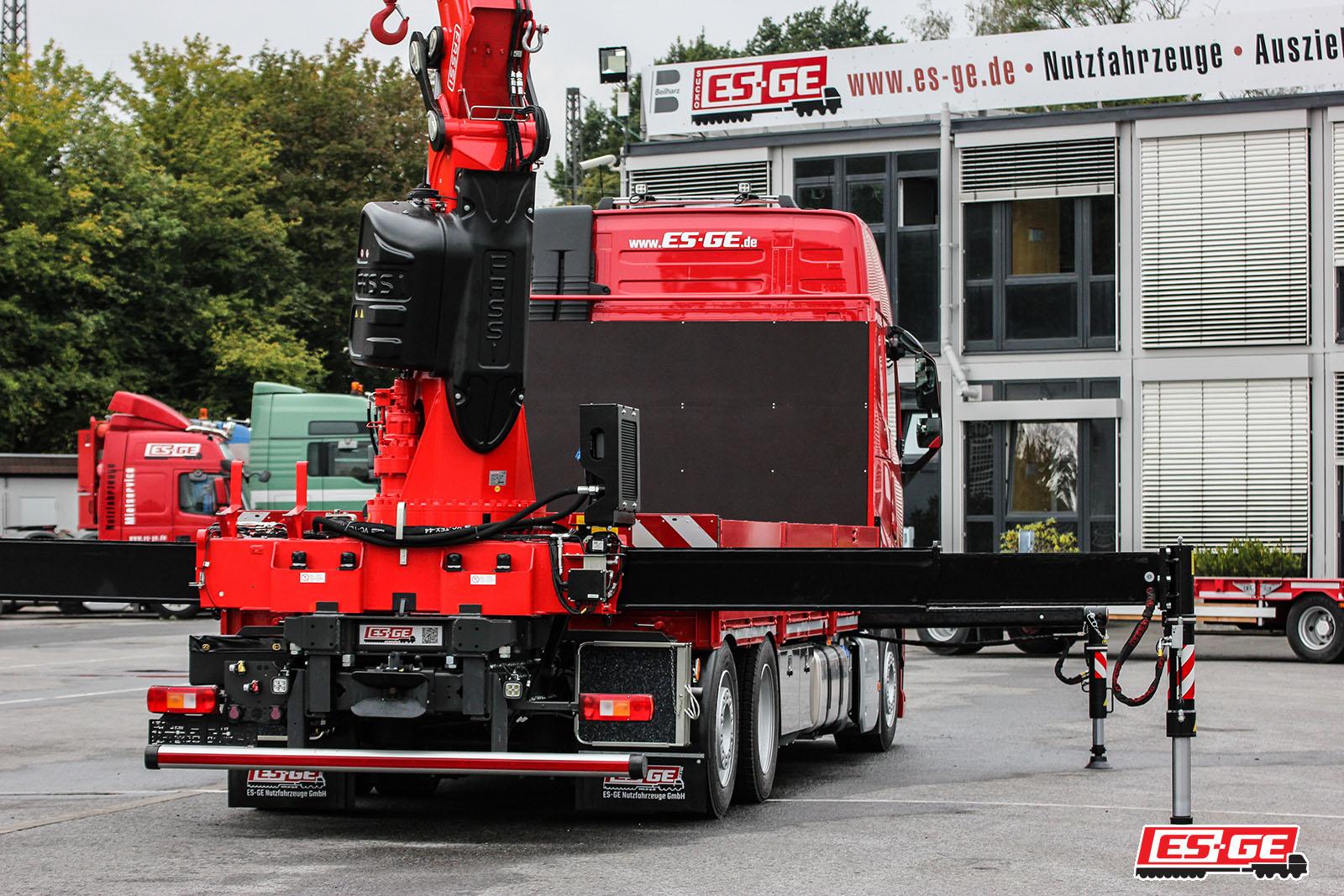 TEP-Gmbh-Volvo-LKW-mit-Ladekran-TEP-GmbH-Referenzen-ES-GE-2