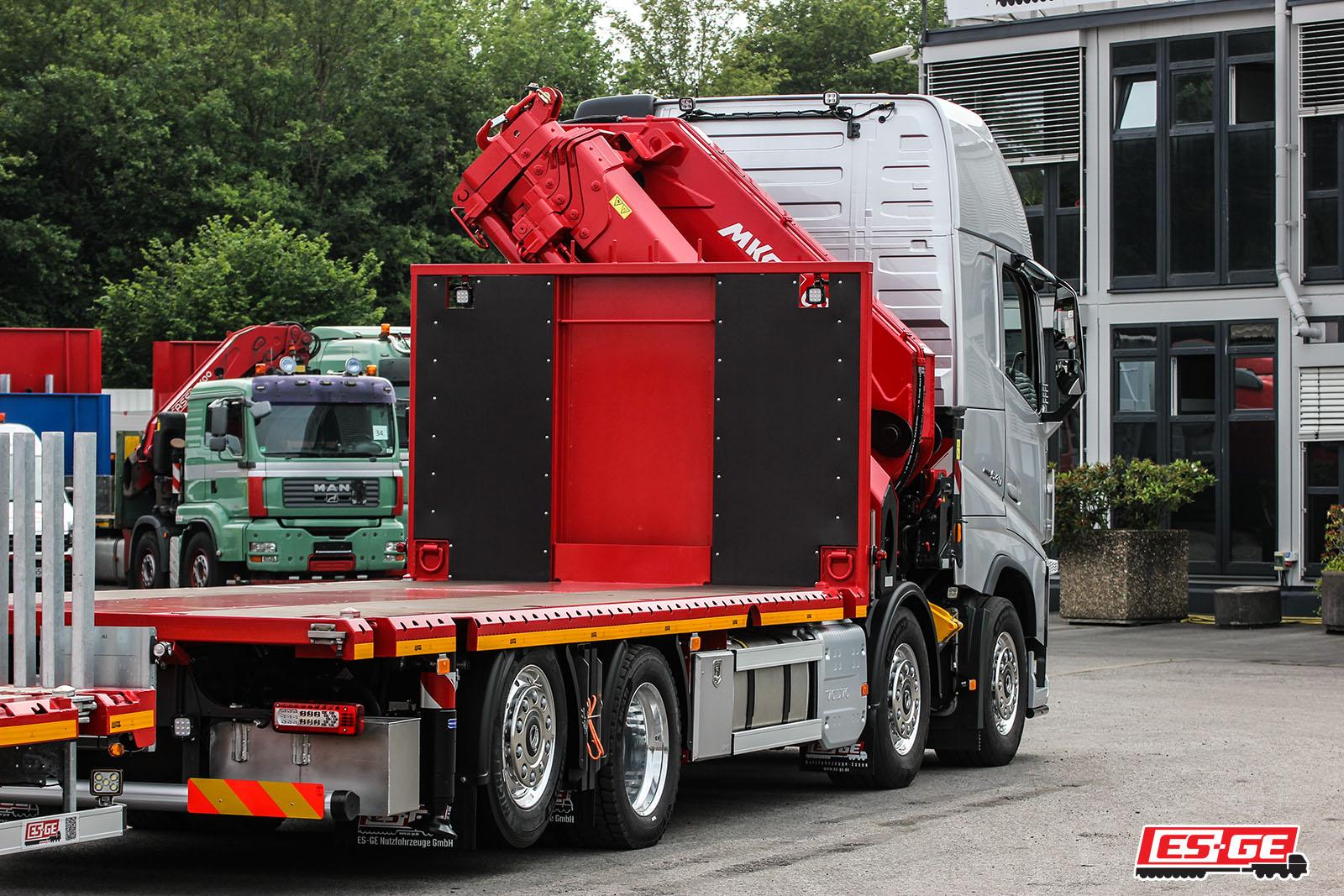 Referenzen-ES-GE-Rothmund-Volvo-LKW-MKG-Ladekran-ES-GE-Anhänger2