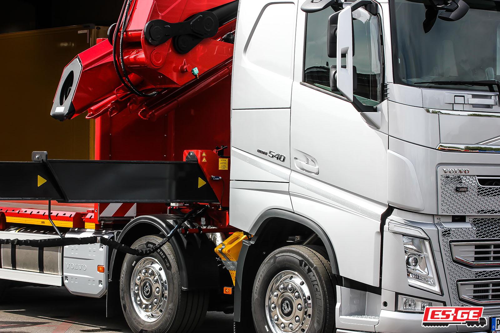 Referenzen-ES-GE-Rothmund-Volvo-LKW-MKG-Ladekran-ES-GE-Anhänger