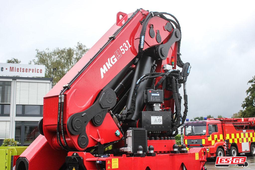 ES-GE-references-Kerger-Volvo-truck-MKG-loadingcrane-ES-GE-tandemtrailer-6