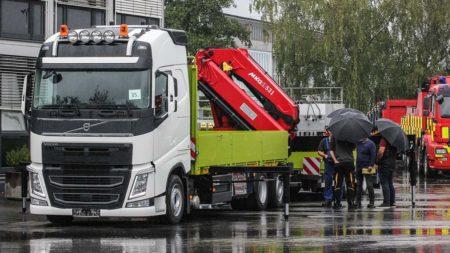 ES-GE-Referenzen-Kerger-Volvo-LKW-MKG-Ladekran-ES-GE-Tandemanhänger-titel