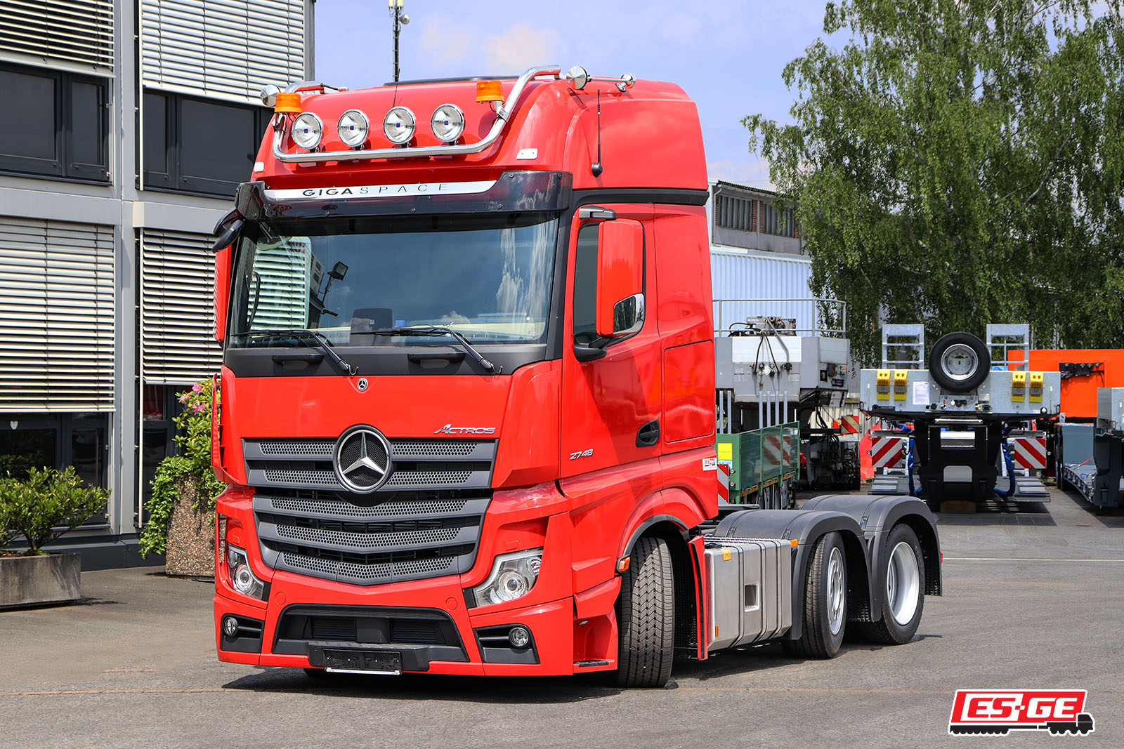 ES-GE-Mercedes-Benz-Actros-Lowliner-2748