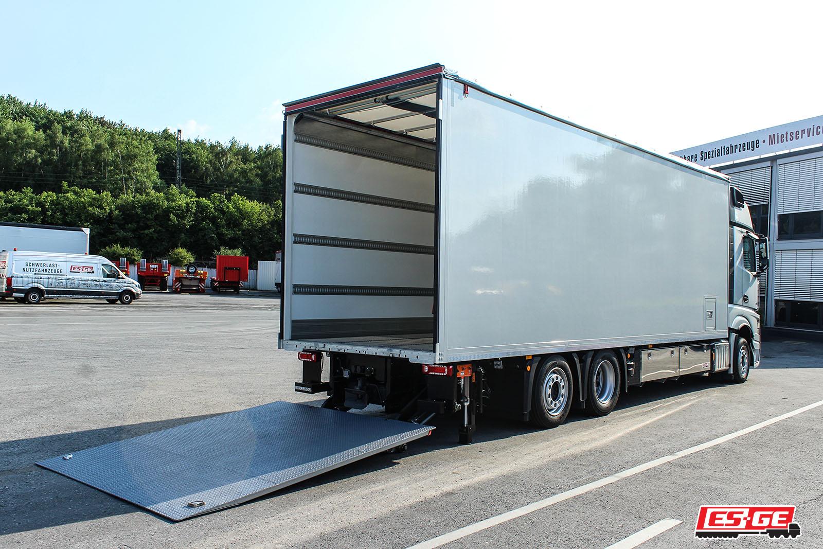 Rothmund-ES-GE-Referenzen-Mercedes-Actros-ES-GE-Anhänger-09
