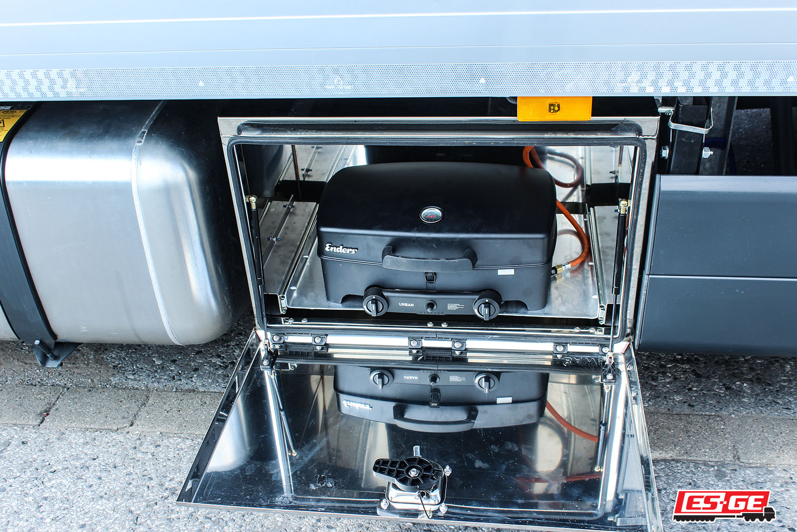 Rothmund-ES-GE-Referenzen-Mercedes-Actros-ES-GE-Anhänger-12
