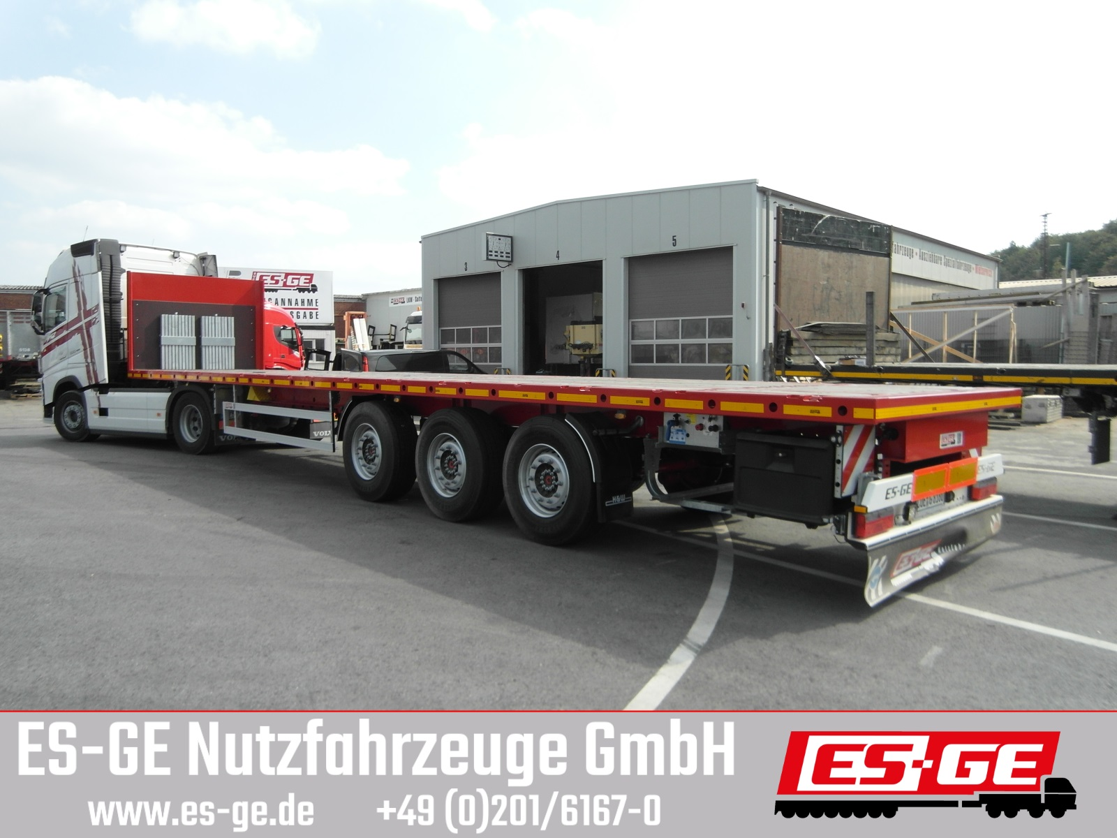 ES-GE 3-Achs-Sattelanhänger mit Rungen