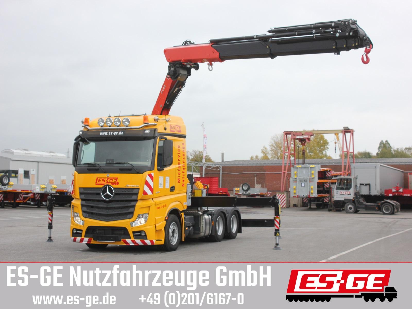 Mercedes-Benz Actros 3351 LS 6x4 mit Fassi Ladekran